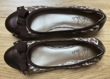 life stride shoes size 4