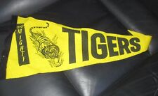 Richmond 1980 VFL Premiers Pennant /  Flag - old - rare - original   (Yellow)