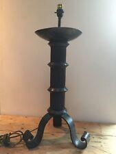"""Vintage Grande Lourde Main Forgé 7.5 kg Lampe de table 8"""" W X 13"""" Tall"""