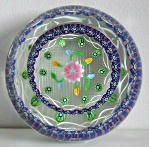 Stunning Vintage Perthshire Paperweight  Central Flower & Buds with Millefiori