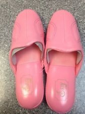Nice Women Easy USA Slippers pink  Size 9  bedroom slippers
