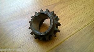 GP 15 TOOTH FRONT DRIVE SPROCKET (BRAND NEW)