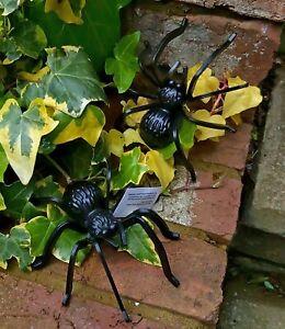 Spider Garden Ornaments Wall Hanging 13cm Black Set of 2 Creepy Crawlies  New