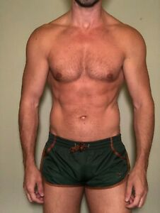 Mens 2eros Dark Green  Shorts - Size Small