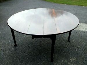 Outstanding 18th C George 1st Cuban Mahogany Drop Leaf Round Dining Table C1730