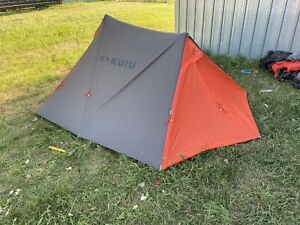Kuiu SUMMIT REFUGE 3 PERSON TENT GUNMETAL/ORANGE  FULL SET