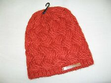 BNWT - BENCH Criss Cross Cable Knit Beanie Hat   Rust Red  Medium