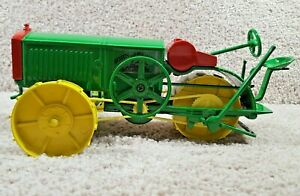 Spec Cast 1/16 Scale Diecast John Deere All- Wheel Drive Tractor 2000 Nashiville