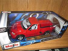 F 150 lightning pickup truck SVT very nice 1/21 red  Maisto