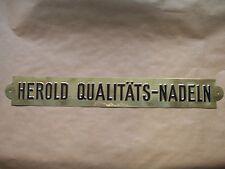 Ultra seltenes HEROLD Qualitäts Nadeln Schild von Carl Wenglein (Nadelfabrikant)