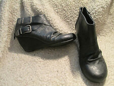 Sexy Call It Spring cutest zip up black ankle boots new w/o box size 8.5