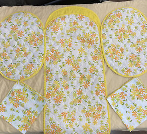 Table Runner Long 2 Placemats 2 Napkins Mod Floral Pattern Quilted Mid Century