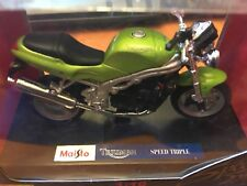 Vintage Maisto Triumph Speed Triple 955i Green 1:18 Item# 39342