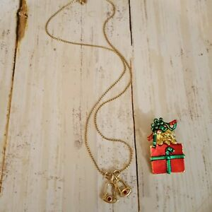 Christmas fashion jewelry Avon bells gold tone necklace unsigned present pin