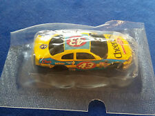 HOT WHEELS SALUTE TO PETTY SERIES  2001 INTREPID CHEERIOS # 43 CAR