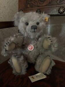 STEIFF 'Ultimate Bear' DANBURY MINT Teddy Bear with Growler