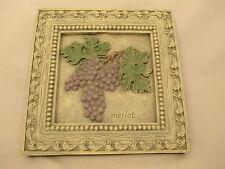 """Merlot Grapes Decorative Hanging Wall Plaque Art 8.5"""" X 8.5"""""""