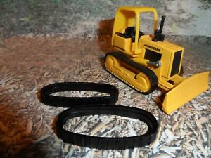 Replacement Tracks for the 1/64th John Deere Bulldozer.