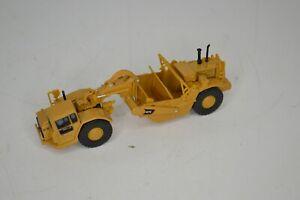 Norscot CAT Caterpillar 627G Auger Scraper Grader 1:87 #55405 Loose