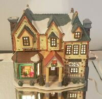 Lemax Caddington Village Christmas Porcelain Lighted House 2000