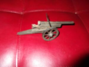 Hausser  Unusual Tin Toy Cannon Artillery Germany missing wheel rare old vintage