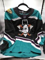 ADIDAS AUTHENTIC CLIMACOOL MIGHTY DUCKS ANAHEIM MEN SZ 50(M)  ALTER BLACK JERSEY