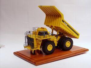 Komatsu Haulpak 930E Dump Truck - 1/50 - DAVID SHARP - SN# 107 of 200 Made