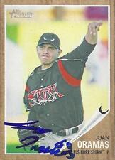 Juan Oramas San Diego Padres 2011 Topps Heritage Signed Card