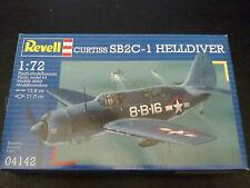 REVELL 04142 Curtiss sb2c-1 Helldiver 1:72 scatola aperta indica spedizione combinata.