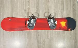 """Rossignol Nomad 2 Snowboard Sz 152 CM 60"""" W/ Switch Click In Bindings"""
