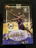 Kobe Bryant 1996 1997 Score Board LA Lakers GOLD AUTOGRAPH facsimile ROOKIE AUTO
