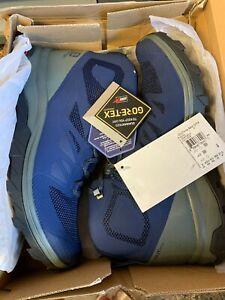 Salomon Men's Outline Mid GTX Hiking Shoes 404764   SIZE 9.5