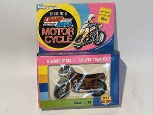 RARE/Vintage 1:26 Diecast Champ of the Road Motor Cycle. Kawasaki