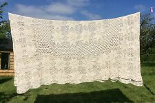 VINTAGE BEDSPREAD HAND CROCHET CREAM FLORAL DOUBLE (LARGE)