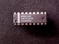 MM74C922N National Semiconductor Integrated Circuit (DIP-18)