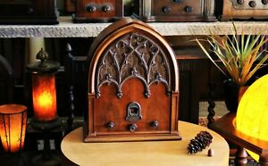 Vintage Echophone tube radio, cathedral model  S5 working, 1932