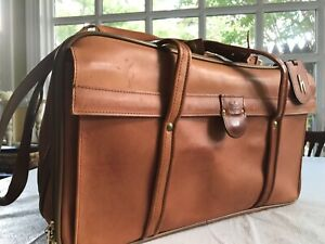 EXCELLENT VINTAGE HARTMANN BELTING  LEATHER LUGGAGE 4700 DUFFLE CARRYON