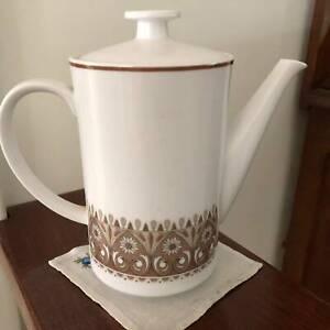 NORITAKE PROGRESSION CENTURY NOS. 9044 COFFEE POT