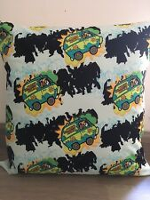 """Scooby Doo and the Mystery Machine 16"""" x 16"""" Cotton Cushion Cover"""