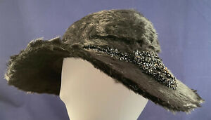 Vintage 60/'s Black Felted Fur Cloche Hat with Netting and Ribbon Brim