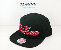 68c95b175c6 Mitchell   Ness M N NBA Chicago Bulls Chi Town Snapback Adjustable Hat ...