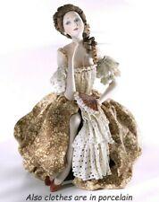 Statuina in porcellana figurina di dama veneziana '700 fatta a mano in Italia