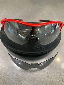 Oakley Radarlock XL Photochromic Sunglasses - Red/Black, 2 Lenses, Nice!