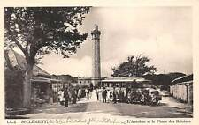 France St Clement L'Autobus et le Phare des Baleines Station Bus Lighthouse