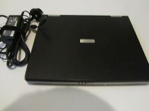 Toshiba Laptop (no hard drive)