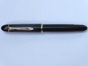 Pelikan 140 Kolbenfüller schwarz mit CN-Feder