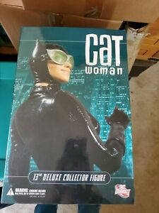 """DC Direct Catwoman 13"""" Deluxe Collector Figure Sealed in mint condition!"""