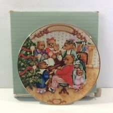 Avon Fine Collectibles Christmas Plate 1989 Together For Christmas Porcelain