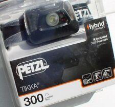 Petzl Kopflampe Tikka - in Black - 300 Lumen, Stirnlampe, Headlight, Kopfleuchte