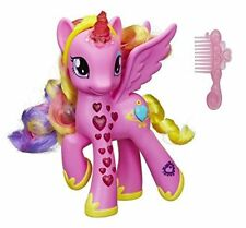 Hasbro B1370 - My Little Pony ultimative Princess Cadence Leuchtherz